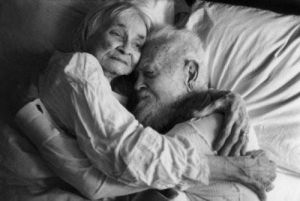 old_couples_in_love_are_so_cute_640_26